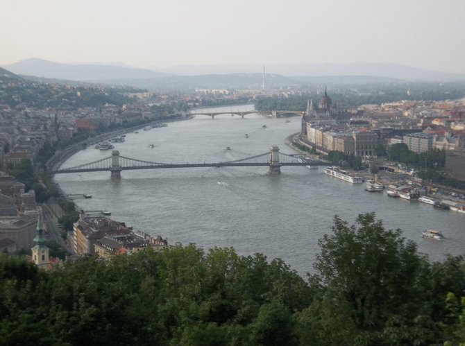 Buda and Pest line the banks of the Danube.