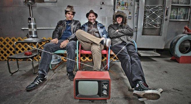 Punk rawk trio the Oblivians go off at Casbah Saturday night.