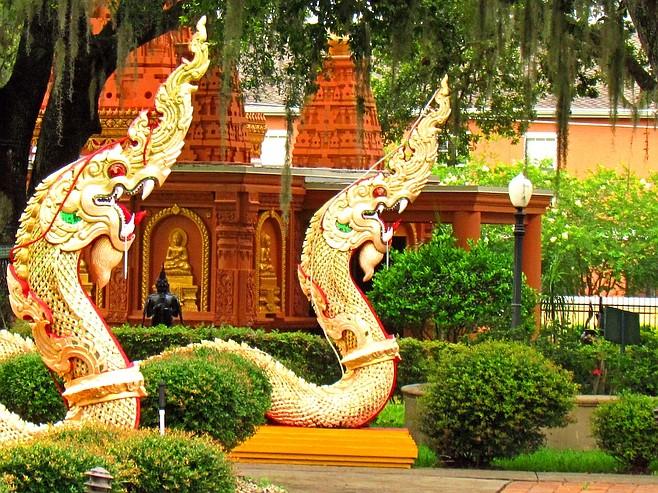 Temple serpents guarding the Buddhagaya Pagoda.