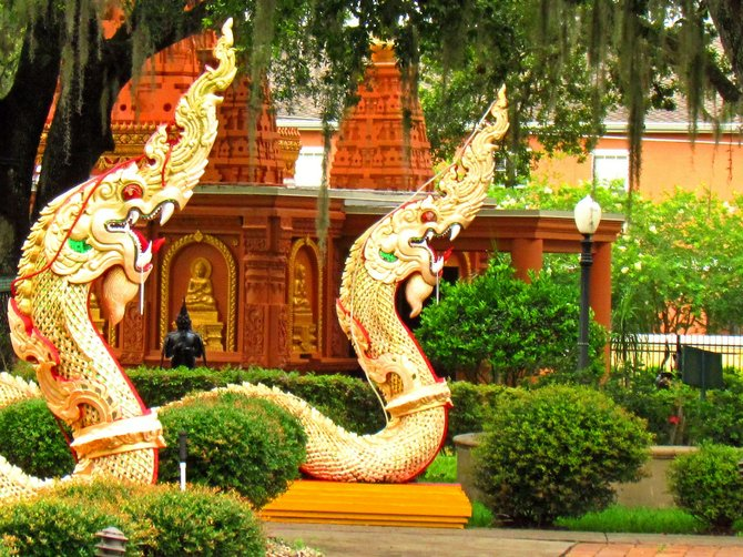 Temple serpents guarding the Buddhagaya Pagoda.