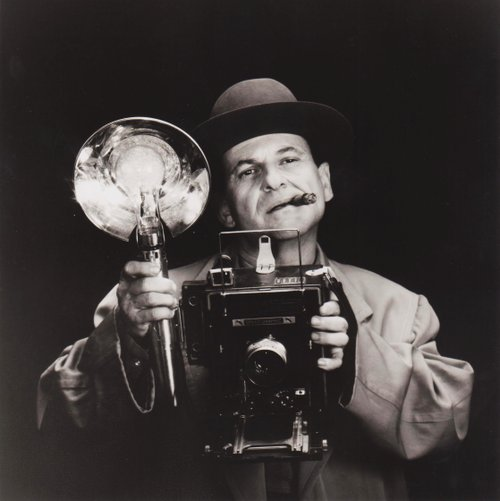 "Hat Head: ""JOE PESCI stars as the brilliant, eccentric Leon 'Bernzy' Bernstein, a tabloid photographer with an eye for the underside of life -- but the soul of an artist. Written and directed by Howard Franklin. A Universal release."""