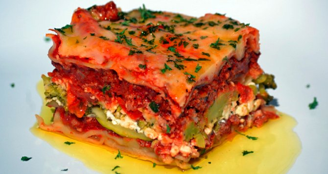 Chili lasagna. Feel the burn.