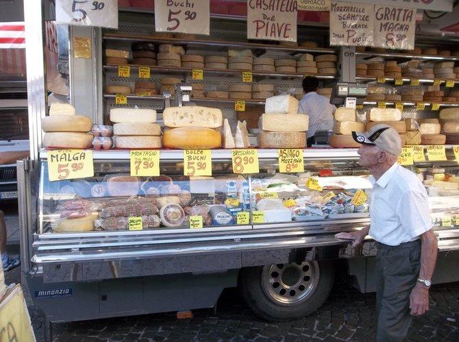 Conegliano cheese vendor.