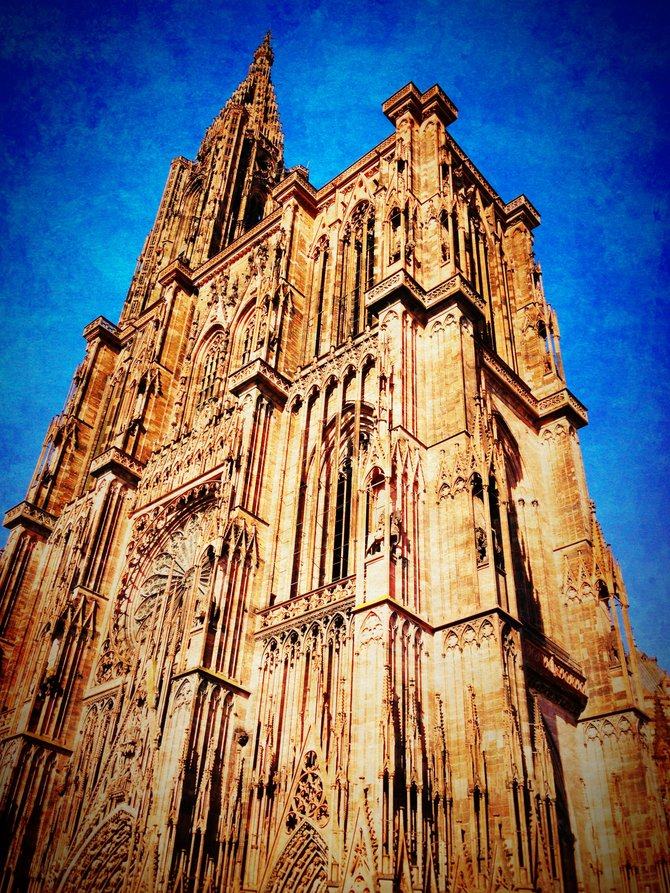 Strasbourg Cathedral de Notre-Dame - Gothic Cathedral in Strasbourg, France