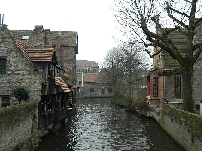 Escort girls Bruges