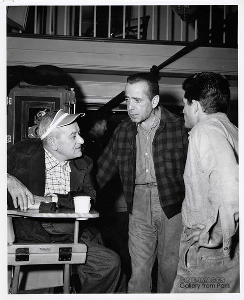 William Wyler, Humphrey Bogart, and Dewey Martin.