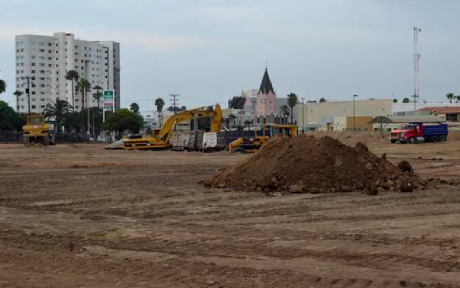Construction site of newest Tijuana Walmart (image from El Sol de Tijuana)