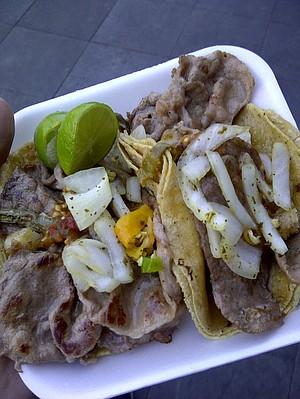 Tacos de bistec.