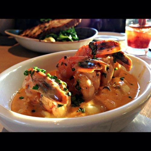 Spicy grilled prawns