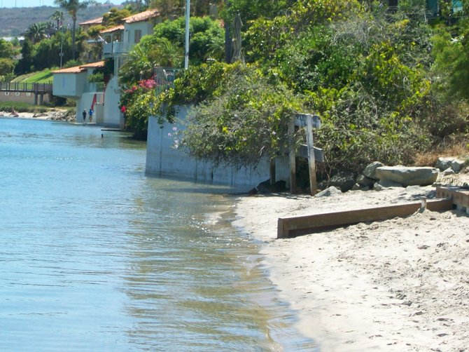 High tide at Kellogg Beach along San Diego Bay in Pt. Loma.