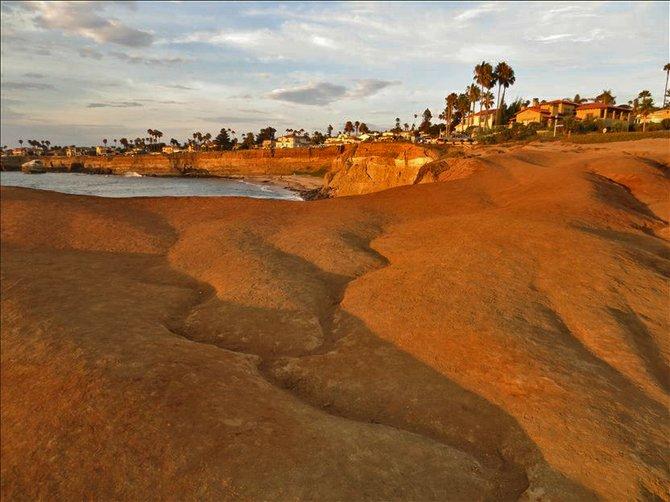 Local travel: Sunset Cliffs sandstone.