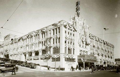Opening day, November 11, 1929. Credit: sandiegohistory.org.