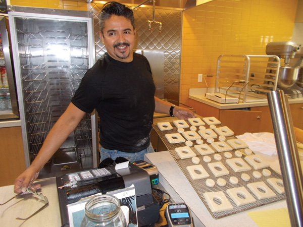 Javier Jiménez preps CroBars for overnight baking