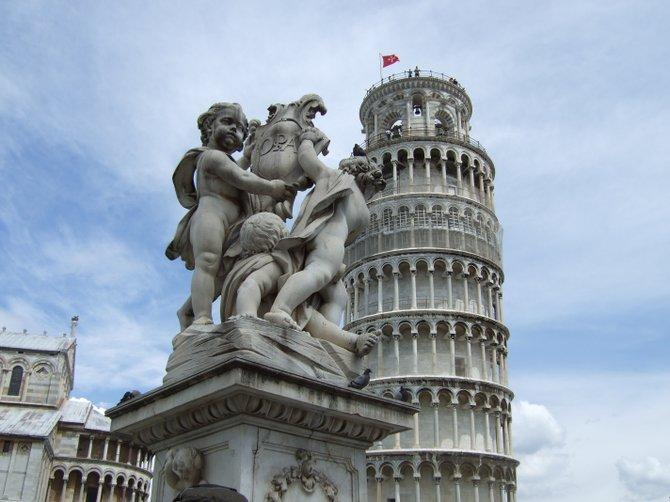 Buffalo Girl & a Tower Lean in Pisa