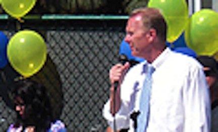 GOP's Faulconer hosts skate park opening at Democrat Gelfand property