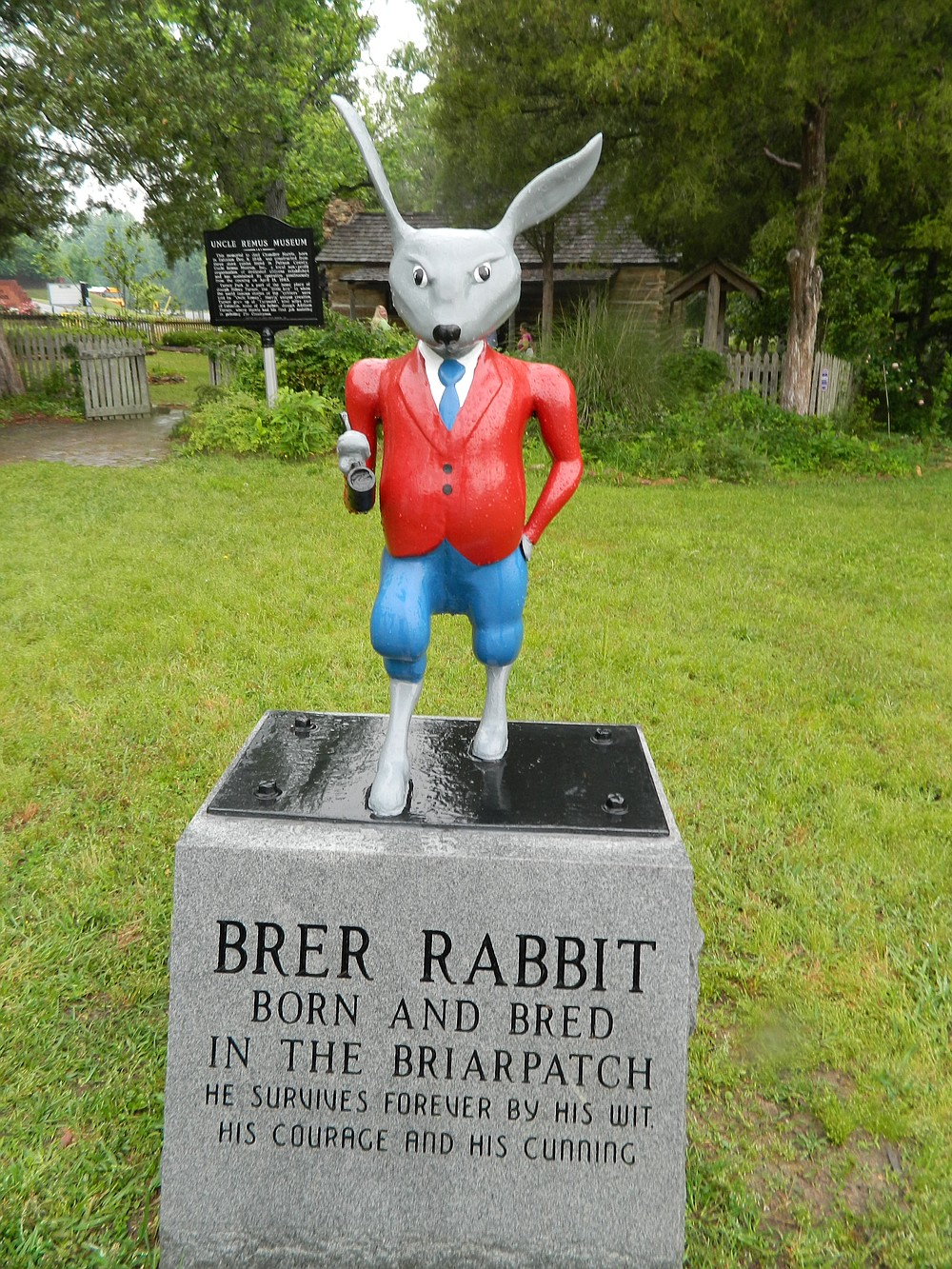 Brer Rabbit statue at the Uncle Remus Museum, Eatonton.