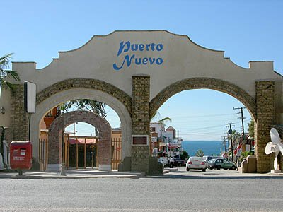 Photo source:  http://www.rosarito-ensenada.com/puerto_nuevo.htm
