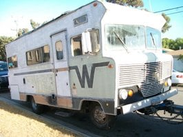 "Imperial Beach Sheriff Deputies tow away ""The Walking Dead"" motorhome