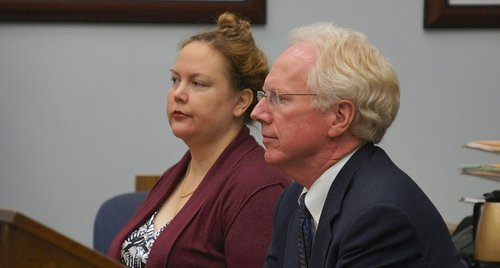 Defendant Julie Harper n attorney Paul Pfingst. Photo Eva.