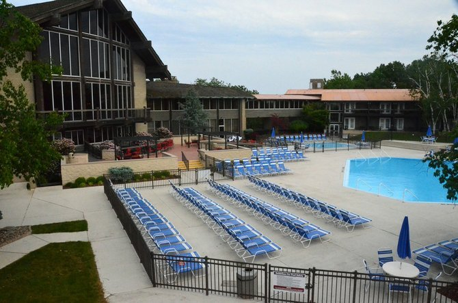 The pool at Salt Fork State Lodge.
