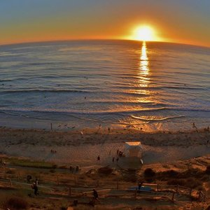 The sunsets this weekend were incredible! Here it is from Leucadia shot by San Diego Scenic Photography.