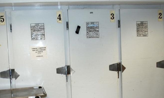 Mexicali coroner's refrigerators (image from El Mexicano)