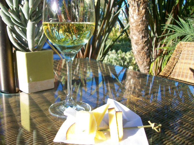 Wine & cheese served (free) every afternoon at the Pavilion Hotel on Catalina Island.