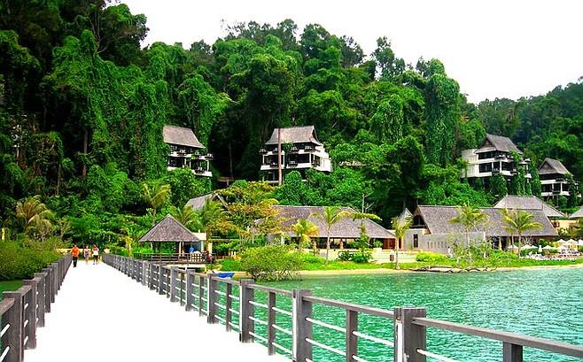 Past the resort, the rainforest awaits visitors to Pulau Gaya.