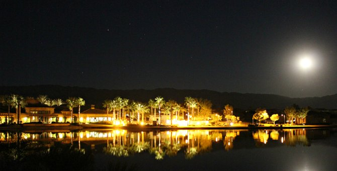 """Last night's Moonrise in Indio, CA. which is located in Southern California, the Coachella Valley. """"it's a Vilma!"""""""