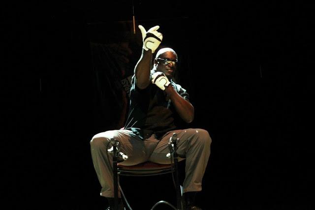 Slapjazz Danny Barber: talk to the hand