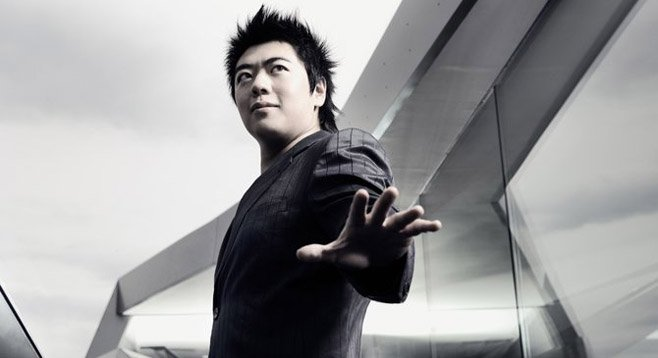 Lang Lang and his left hand.