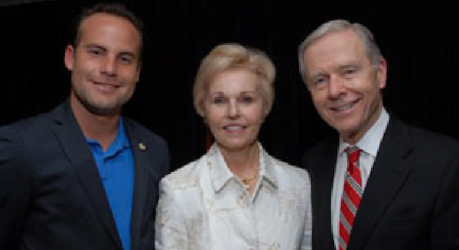 Urteaga (left) and former U.S. senator Pete Wilson and his wife Gayle