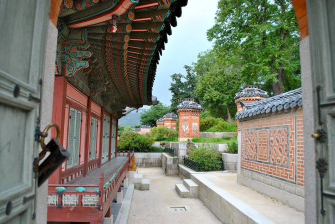 A Palace in Seoul, South Korea