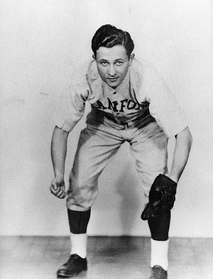 Silverman shared a loved for baseball  with Dallas neighbor and Yankees slugger Mickey Mantle.