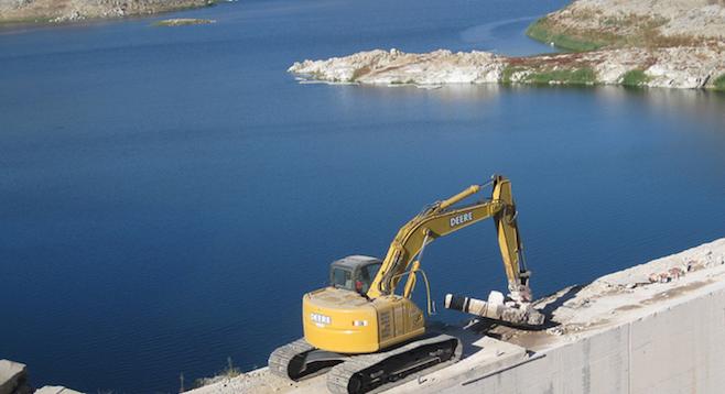 San Vicente Reservoir dam