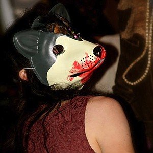 Bloody wolf mask