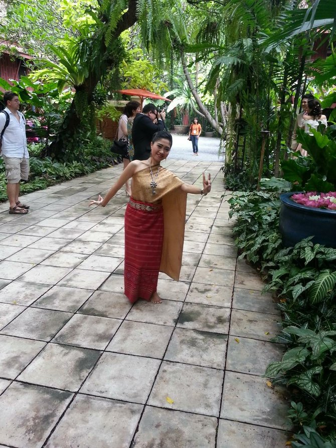 A Thai welcome.