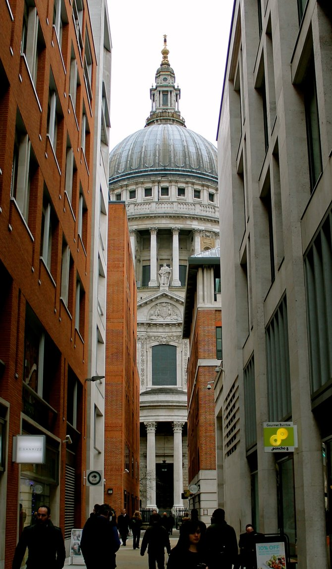 St. Paul's Cathedral. London, England.