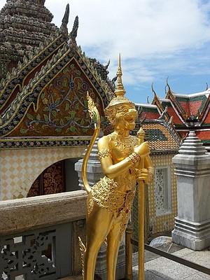Exterior of Wat Phra Kaew.