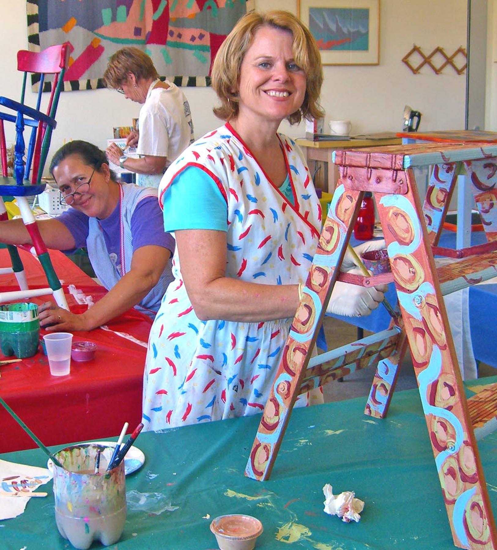Painted Furniture workshops at Bravo School of Art