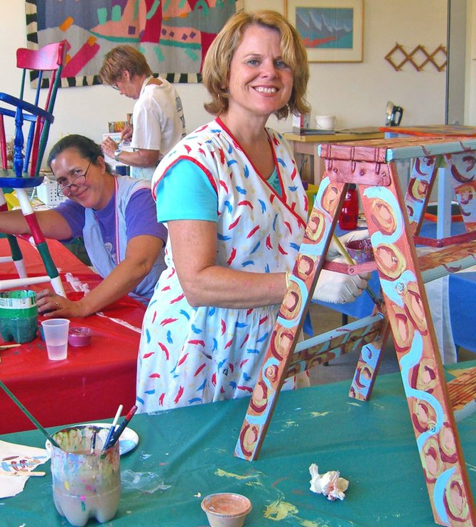 Painted Furniture workshops at Bravo School of Art