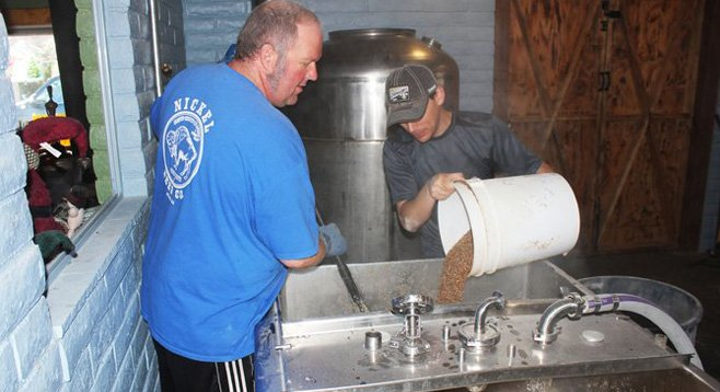 Mashing in with Nickel Beer Co. owner and brewmaster Tom Nickel (left) on the brew day for Bitter Beer Writer ESB