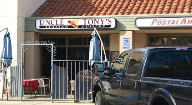 Italian restaurant in Vista California strip mall, reportedly where a victim shot at robbers.