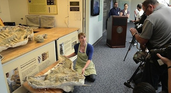 San Diego Natural History Museum shows off its new fossil.