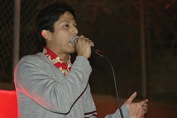 Josué Josué freestyles over ruidosón jedi Siete Catorce.