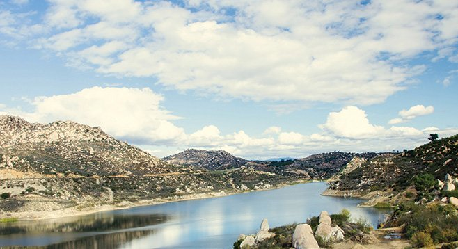 Start at Lake Poway, end up at Lake Ramona. In between, enjoy chaparral oak woodland habitats and, on a clear day, views of the Pacific.