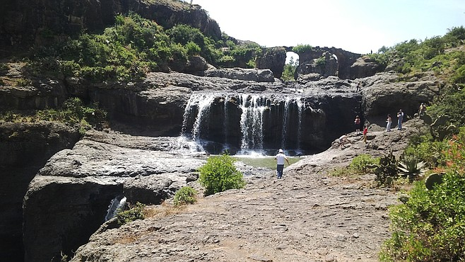 Waterfall on the way to Debre Lebanos.