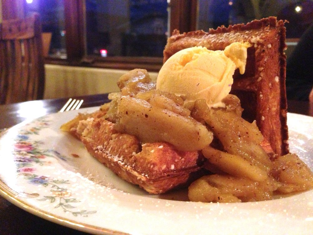 Apple Pie Waffles at Brabant