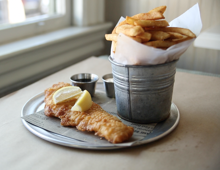 Fish (haddock) n' chips, seriously tasty