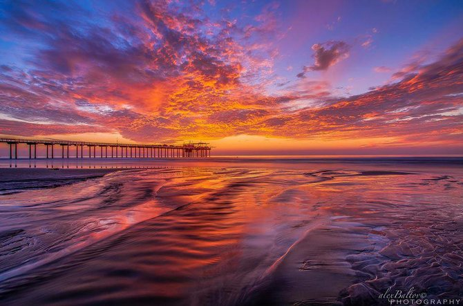 Scripps Pier by Alex Baltov.